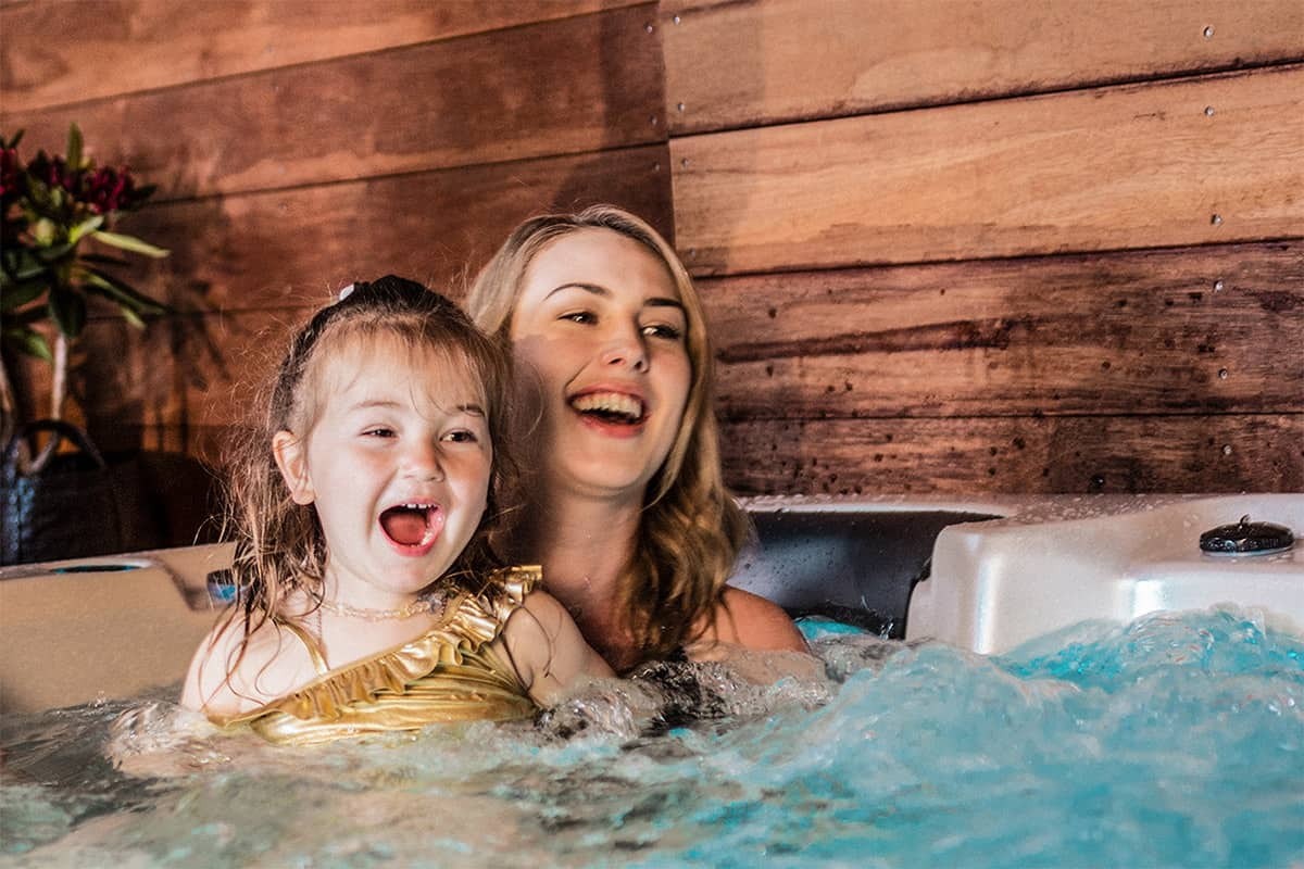 Aqualounge hot tubs and spas