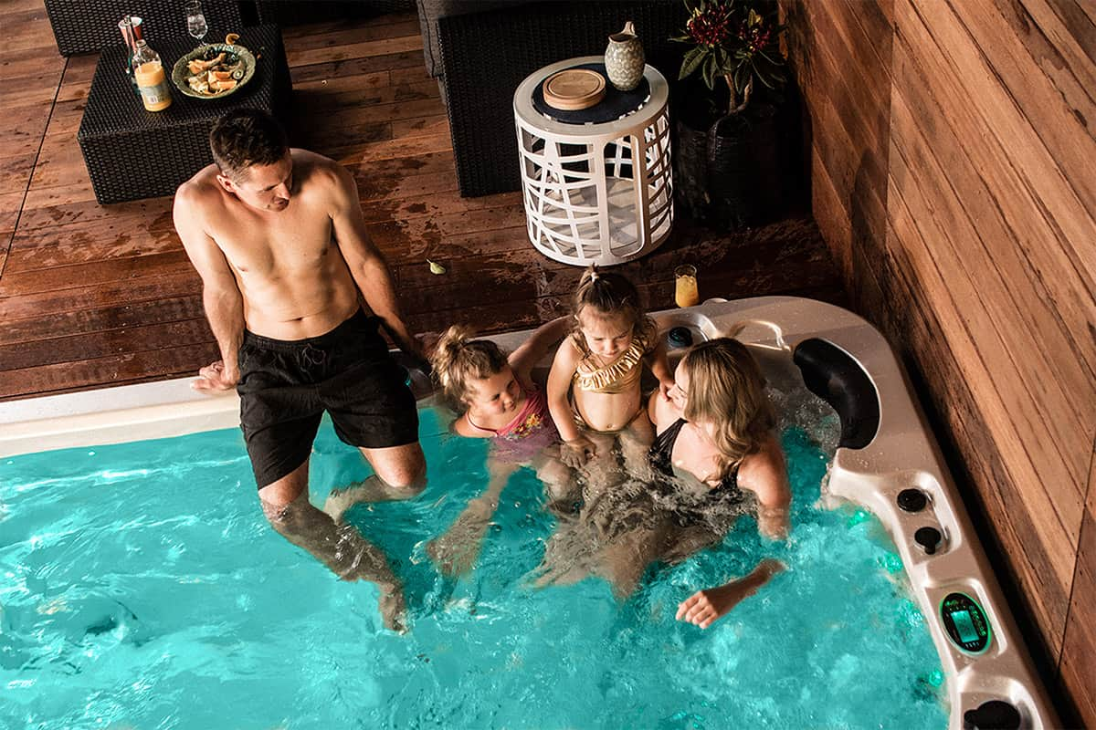Aqualounge swim spa