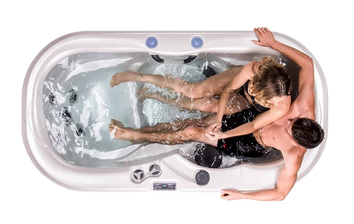 Gemini Kettering hot tub