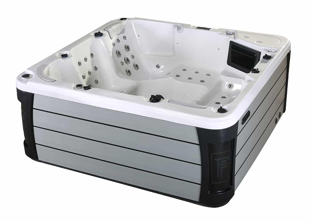 Grand River Kettering hot tub