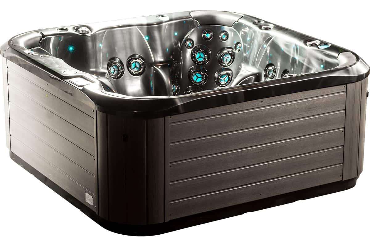 Mt Rundle Kettering hot tub