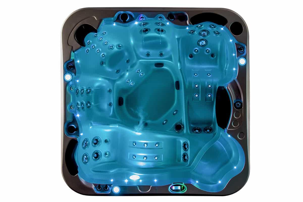 Nitro hot tub