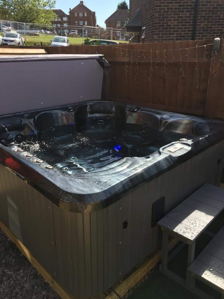 hot tubs near Gravesend Kent (3)