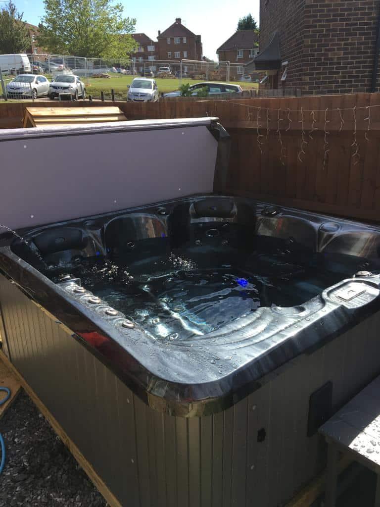 hot tubs near Gravesend Kent (4)