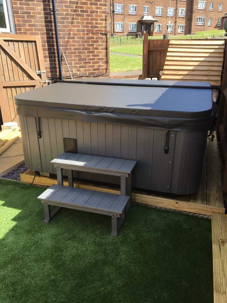 hot tubs near Gravesend Kent (6)